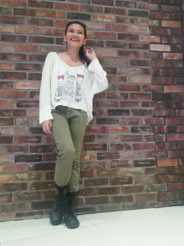 combat boots casual outfit